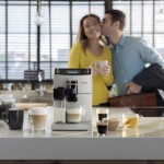 Elige entre un intenso café espresso o el clásico con leche con la nueva cafetera Philips Café au Lait